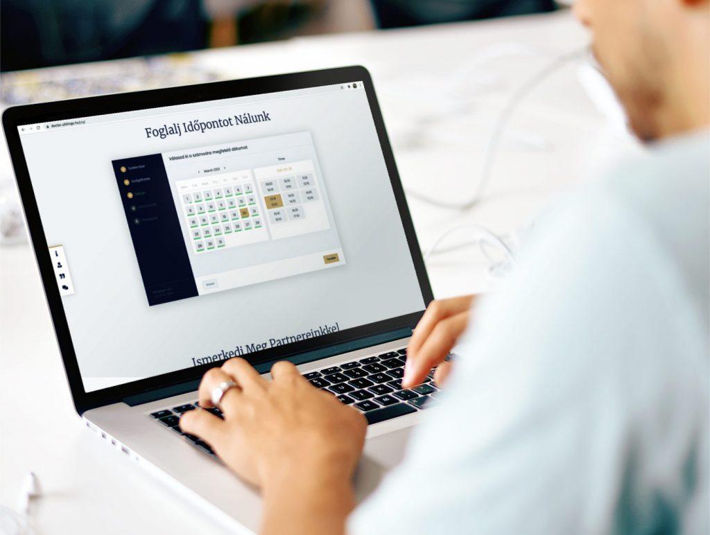 Uithings egyedi weboldal Online Időpontfoglalás